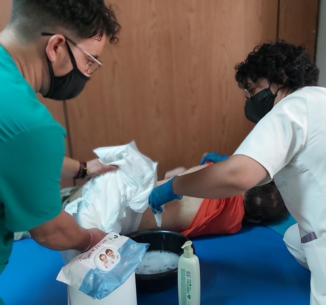 auxiliar-enfermeria-daño-cerebral-adquirido-sevilla-discapacidad
